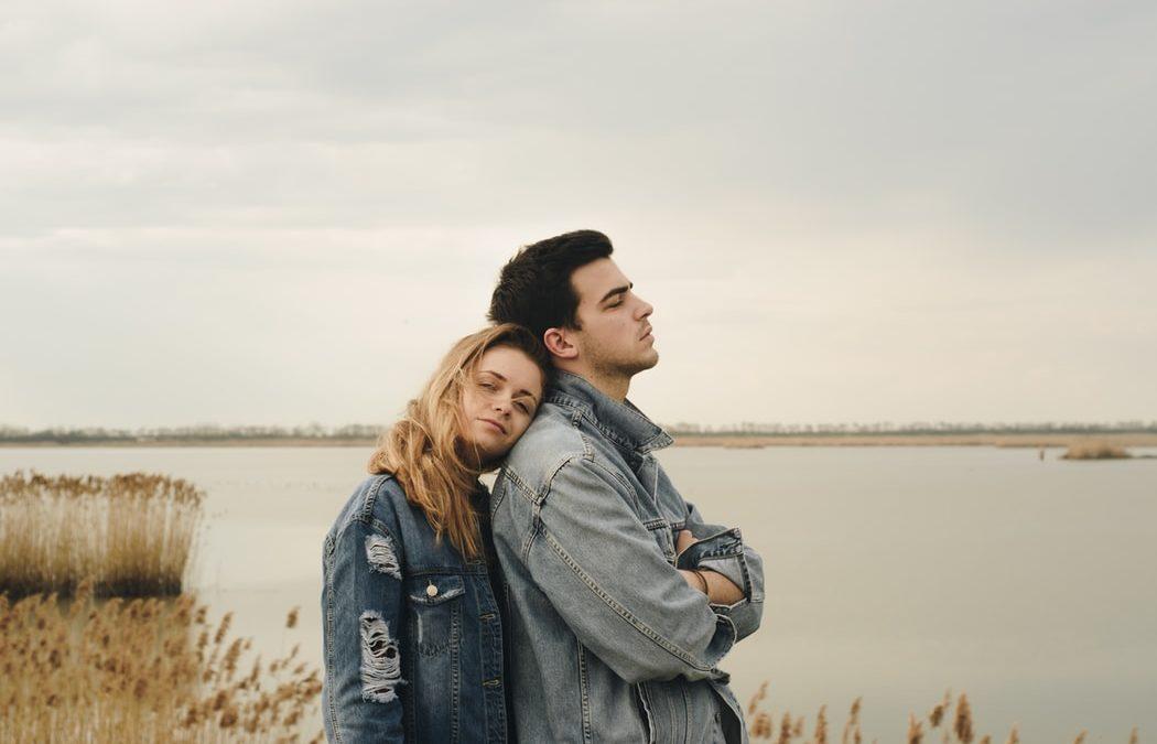 L'hypnose peut-elle aider à résoudre les problèmes de couple ?